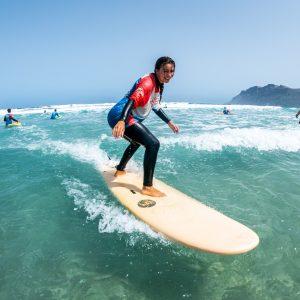 surfing lessons famara lanzarote surfer girl redstarsurf